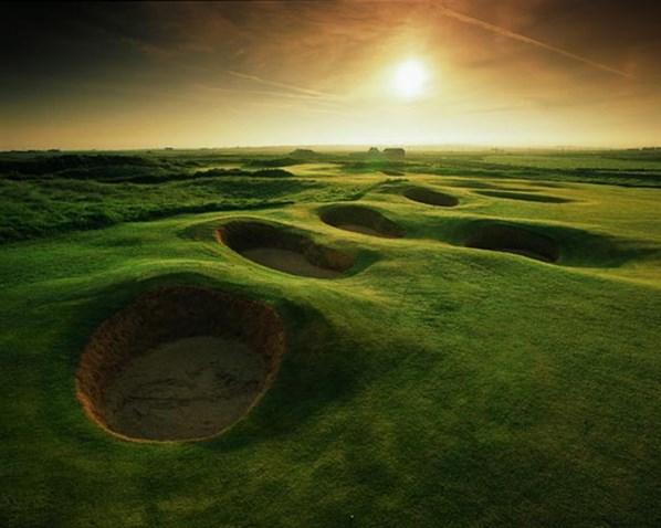 ゴルフ場綺麗